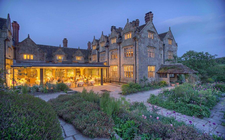 gravetye-manor-hotel
